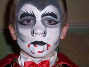 maquillajes-de-terror-vampiro-nino-disfracesmimo