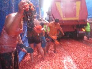 tomatina-5-fotos-tiranto-tomates