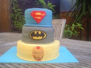 tarta de superhéroes para fiestas