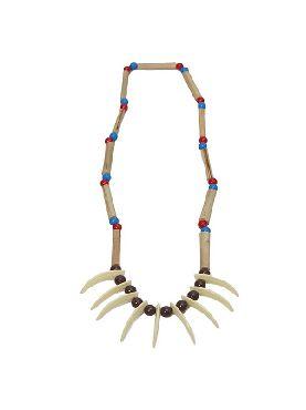 collar de indio con colmillos