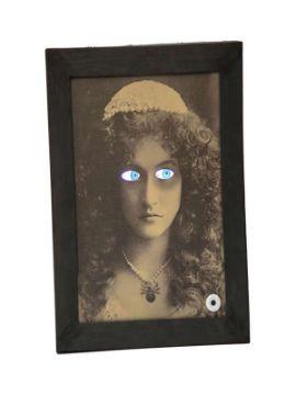cuadro siniestro mujer con movimiento 30x39 cm
