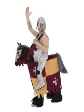 disfraz de caballero medieval sobre caballo a hombros adulto