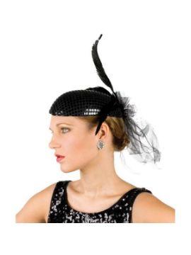 sombrero o tocado con lentejuelas y plumas