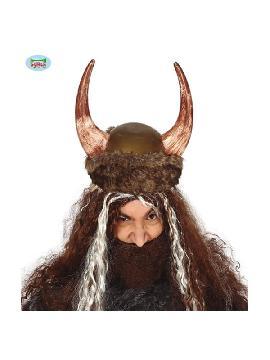 casco de vikingo con piel y cuernos