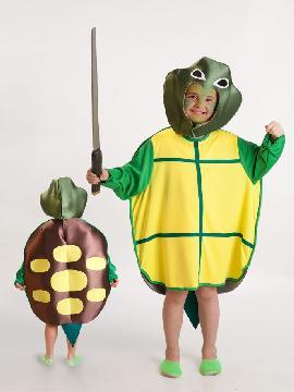 disfraz de tortuga ninja para niño. Este clásico para niño este carnaval. Conviértete en un guerrero verde y lucha con tus compañeros contra Despedazador.Este disfraz es ideal para tus fiestas temáticas de disfraces de animales niños.