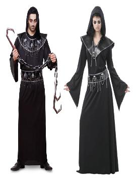 disfraz pareja de ejecutores hombre y mujer. Este disfraz de halloween es ideal para tus fiestas temáticas de disfraces terro y miedo para parejas de hombre y mujer.