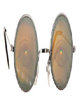 gafas con holograma con ojos de metal y vidrio