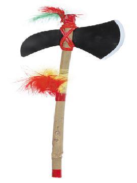 hacha de indio con palo madera con plumas