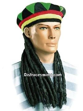 peluca con sombrero rastafari